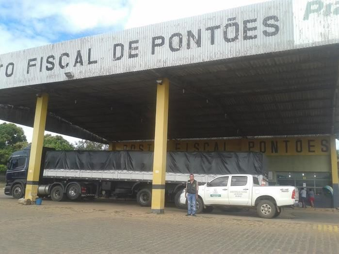 Caminhões com carga de cerveja sem nota fiscal é interceptado em Floriano