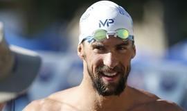 Phelps abre mão de prova e disputará 4 eliminatórias para Rio 2016