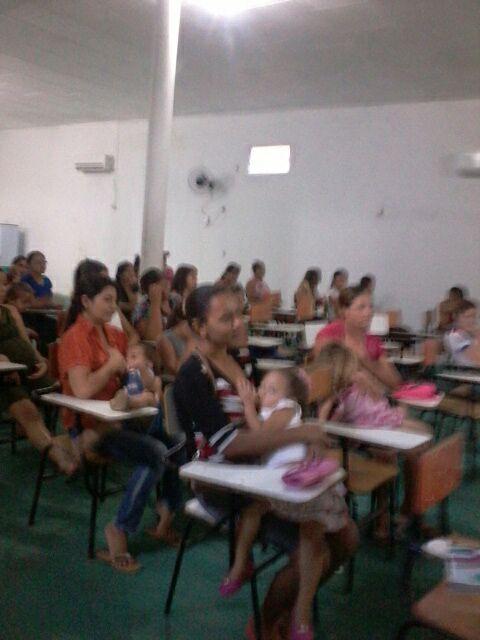 Secretaria Municipal de Saúde realiza palestra sobre amamentação - Imagem 7