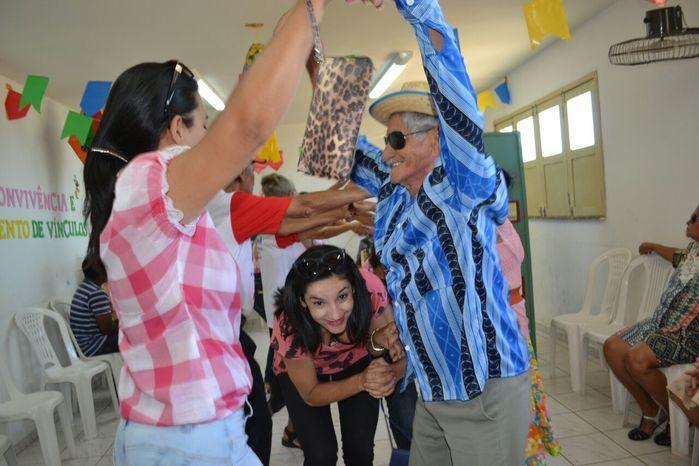 CRAS realiza festa junina para idosos do grupo Viva Idade - Imagem 58