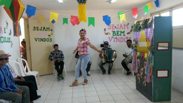 CRAS realiza festa junina para idosos do grupo Viva Idade - Imagem 70