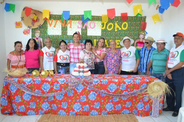CRAS realiza festa junina para idosos do grupo Viva Idade - Imagem 29