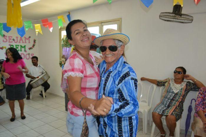 CRAS realiza festa junina para idosos do grupo Viva Idade - Imagem 60