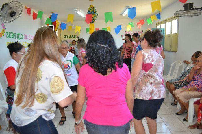 CRAS realiza festa junina para idosos do grupo Viva Idade - Imagem 42