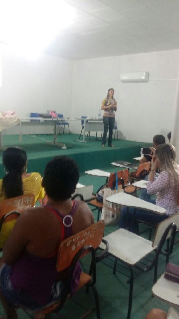 Secretaria Municipal de Saúde realiza palestra sobre amamentação - Imagem 1