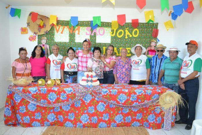 CRAS realiza festa junina para idosos do grupo Viva Idade - Imagem 20