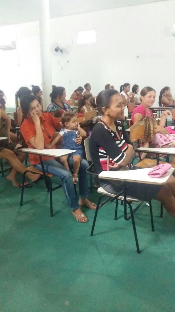 Secretaria Municipal de Saúde realiza palestra sobre amamentação - Imagem 4