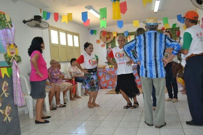 CRAS realiza festa junina para idosos do grupo Viva Idade - Imagem 53