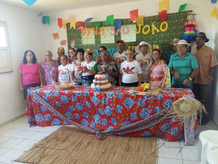 CRAS realiza festa junina para idosos do grupo Viva Idade - Imagem 69