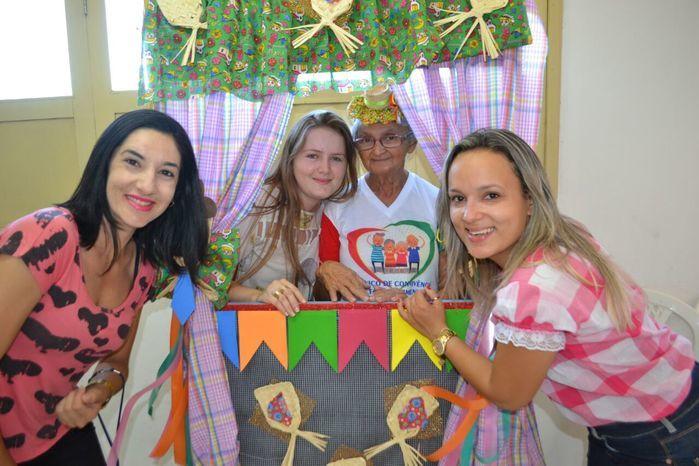 CRAS realiza festa junina para idosos do grupo Viva Idade - Imagem 59