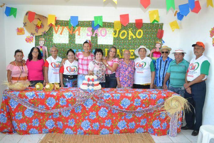 CRAS realiza festa junina para idosos do grupo Viva Idade - Imagem 27