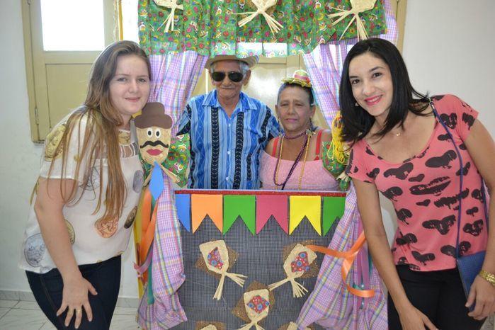 CRAS realiza festa junina para idosos do grupo Viva Idade - Imagem 21
