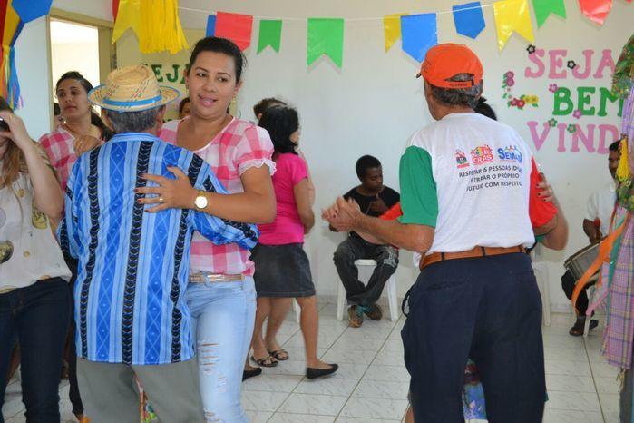 CRAS realiza festa junina para idosos do grupo Viva Idade - Imagem 5