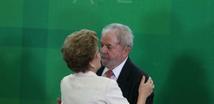 Dilma e Lula (Crédito: Estadão)