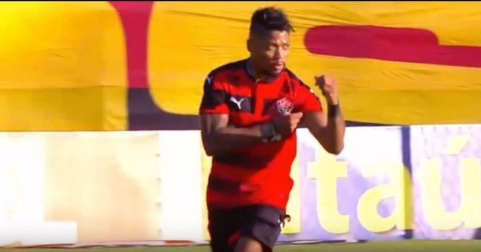 Marinho fez o gol do Vitória