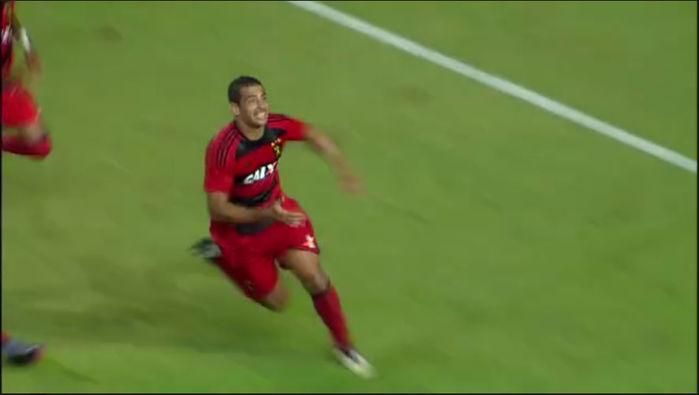 Diego Souza marcou o gol de empate (Crédito: Reprodução)
