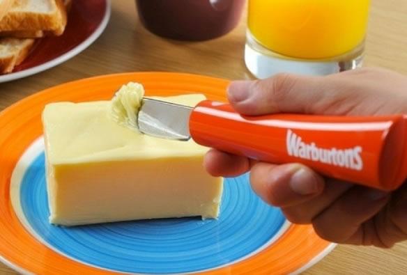Faca que aquece para cortar manteiga gelada (Crédito: Reprodução)
