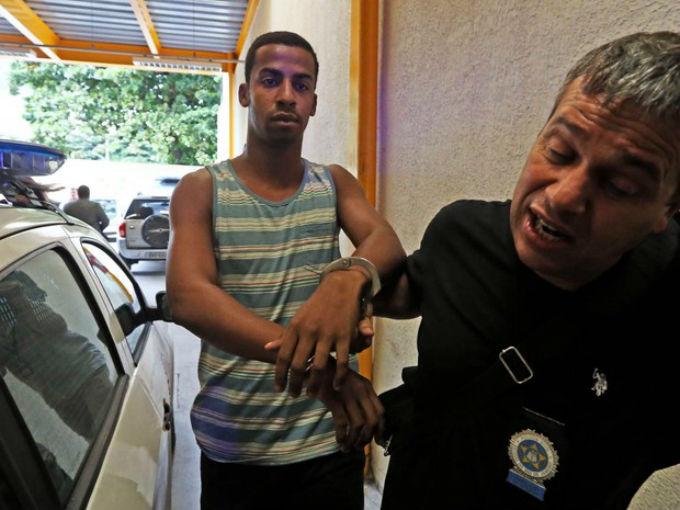 Raí de Souza, suspeito de participar do estupro coletivo contra adolescente de 16 anos no Rio
