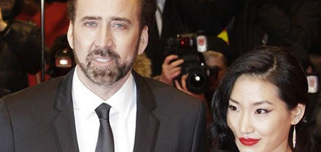 10 famosos que casaram com seus fãs