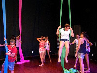 Oficinas marcam ano cultural do Cine Teatro Oeiras