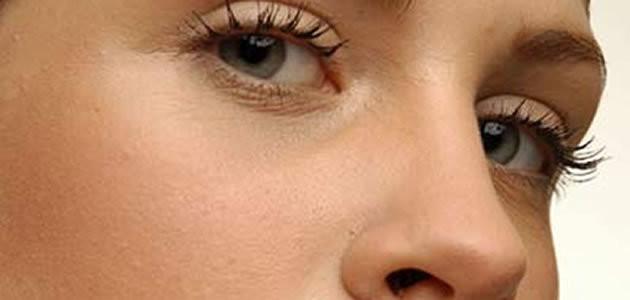 Aprenda a remover os pelos do buço com receitas caseiras