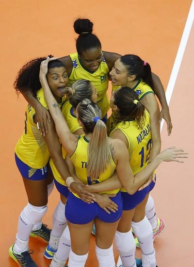 Brasileiras vibram muito em quadra