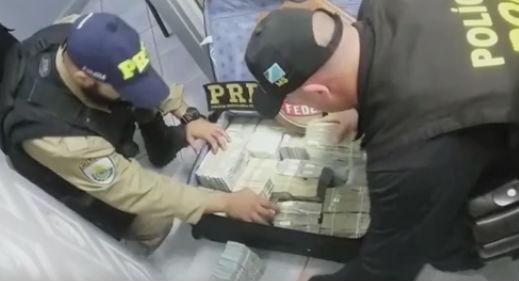 Polícia Rodoviária Federal apreende US$ 2,4 milhões no MS (Crédito: Reprodução)