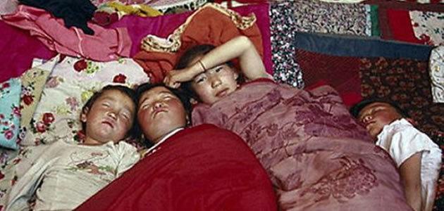 Moradores de aldeia caem no sono de repente