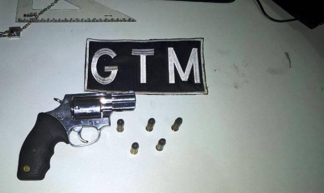 Arma encontrada com o acusado (Crédito: Grande Picos)