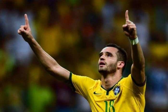 Renato Augusto estará na Seleção Olímpica (Crédito: Terra)