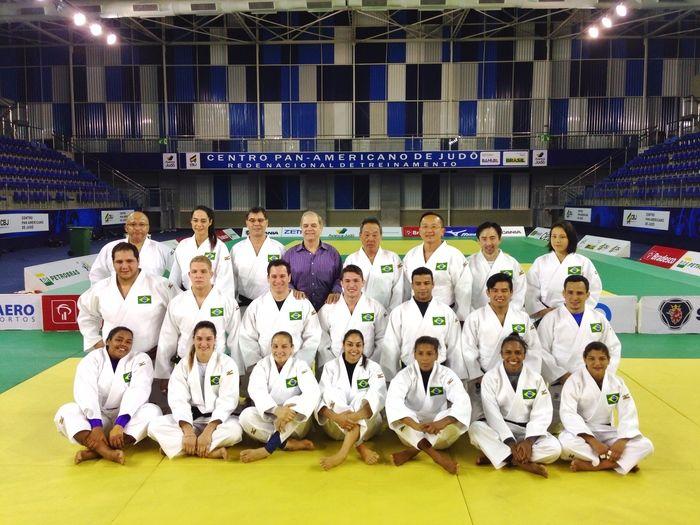 Seleção de judô (Crédito: Paulo Pinto/CBJ)