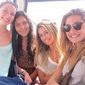 Sasha viaja com amigas e passa aniversário de 18 anos longe da mãe
