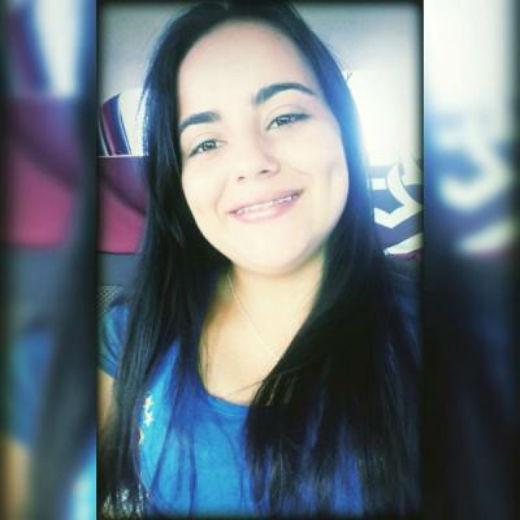 Roberta Santos morreu vítima de acidente de trânsito
