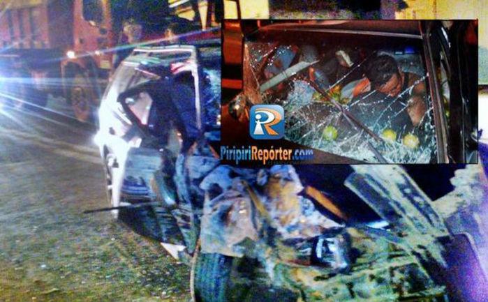 Veículo colidiu em mureta de proteção e motorista ficou ferido