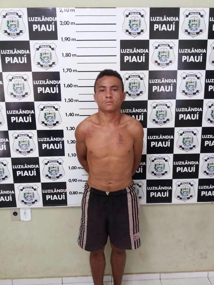 Acusado preso pela polícia (Crédito: Reprodução)
