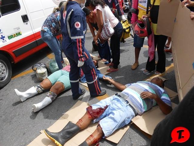 Casal sofreu acidente e ficaram feridos