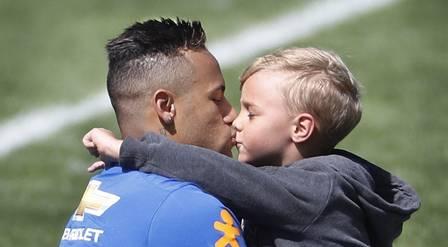 Neymar e Davi Lucca (Crédito: Reprodução)