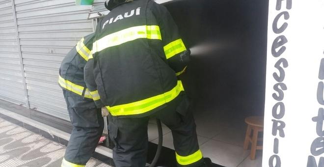 Incêndio em loja de Parnaíba (Crédito: Reprodução)