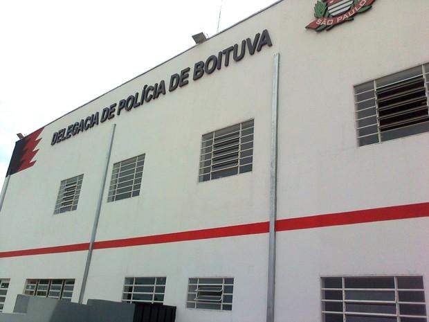 Incêndio que provocou morte ocorreu dentro da delegacia de Boituva (Crédito: Carlos Alberto Soares/ TV TEM)