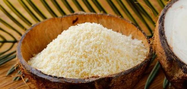 Farinha de coco ajuda a emagrecer e controla o diabetes