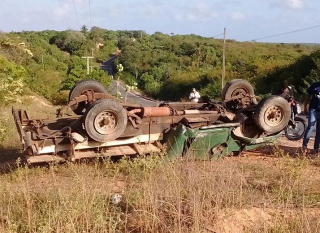 Cinco pessoas morreram em acidente