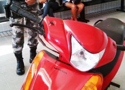 Moto foi recuperada após denúncia (Crédito: PM-PI)