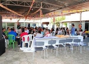 Público alvo participa em massa do I Seminário Drogas Por quê?