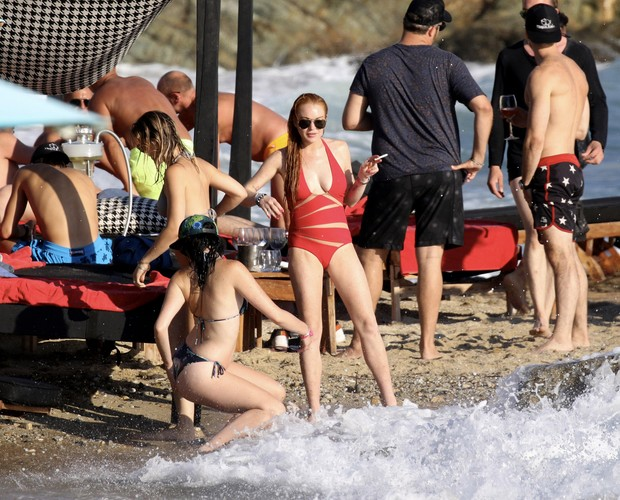 Lindsay Lohan  e o noivo  (Crédito: Divulgação)