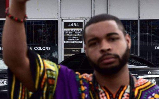 Micah Johnson foi cercado e assassinado (Crédito: CBS DFW)