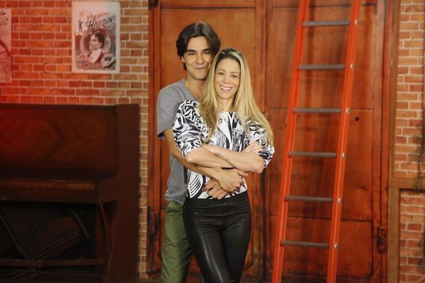 Danielle Winits e André Gonçalves (Crédito: Divulgação)