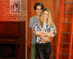 """Danielle Winits e André Gonçalves confirmam romance: """"Felizes"""""""