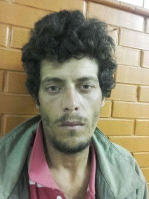 Homem foi preso após apedrejar e esfaquear outro rapaz em Peruíbe, SP