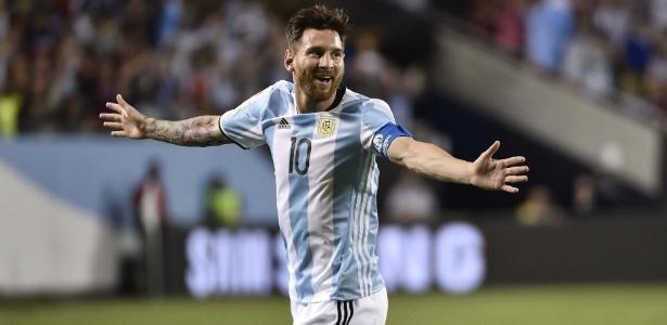 Atacante anunciou que ia abandonar a seleção após a vice na Copa América Centenário (Crédito: AFP)