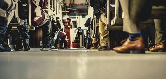 Cinto de segurança é obrigatório no transporte coletivo?